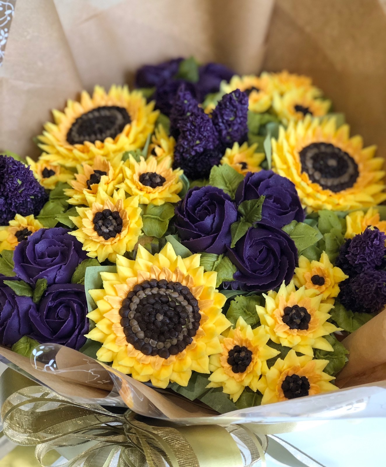 Luxury Sunflowers Bouquet Taylor Made Cakes Of Tenterden